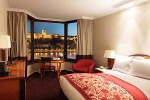 günstigste Zahnreise nach Budapest